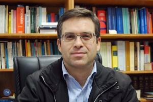 pe_helder_miranda_alexandre_a_vontade_0_dr_ia_600-400