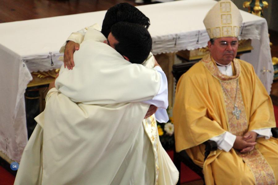 Ordenação Sacerdotal com Bênção Apostólica do Papa Francisco