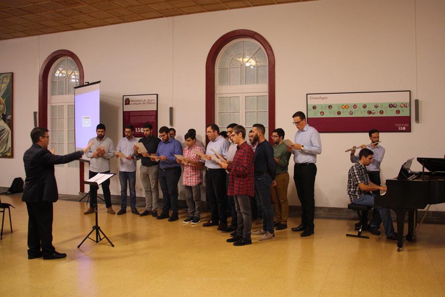 Coro do Seminário estreia Hino da Caminhada Sinodal