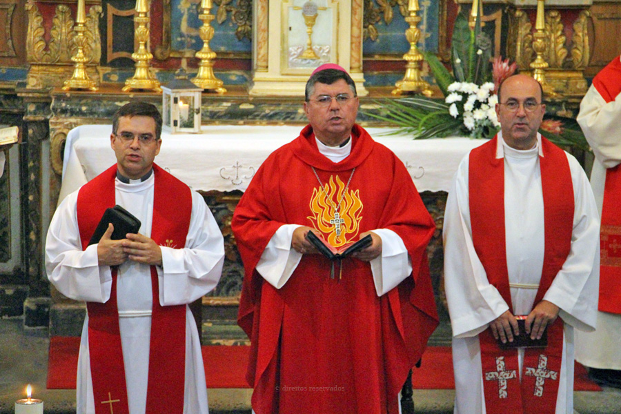 """Bispo de Angra desafia seminaristas a formar uma comunidade """"livre de atritos individualistas"""""""